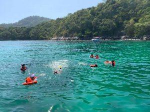 Phuket Raya Snorkeling Tour